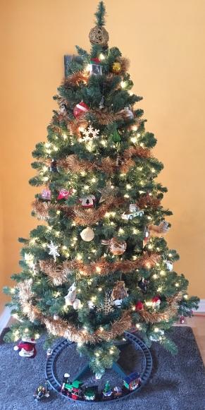 christmas-tree-2016_30552955384_o